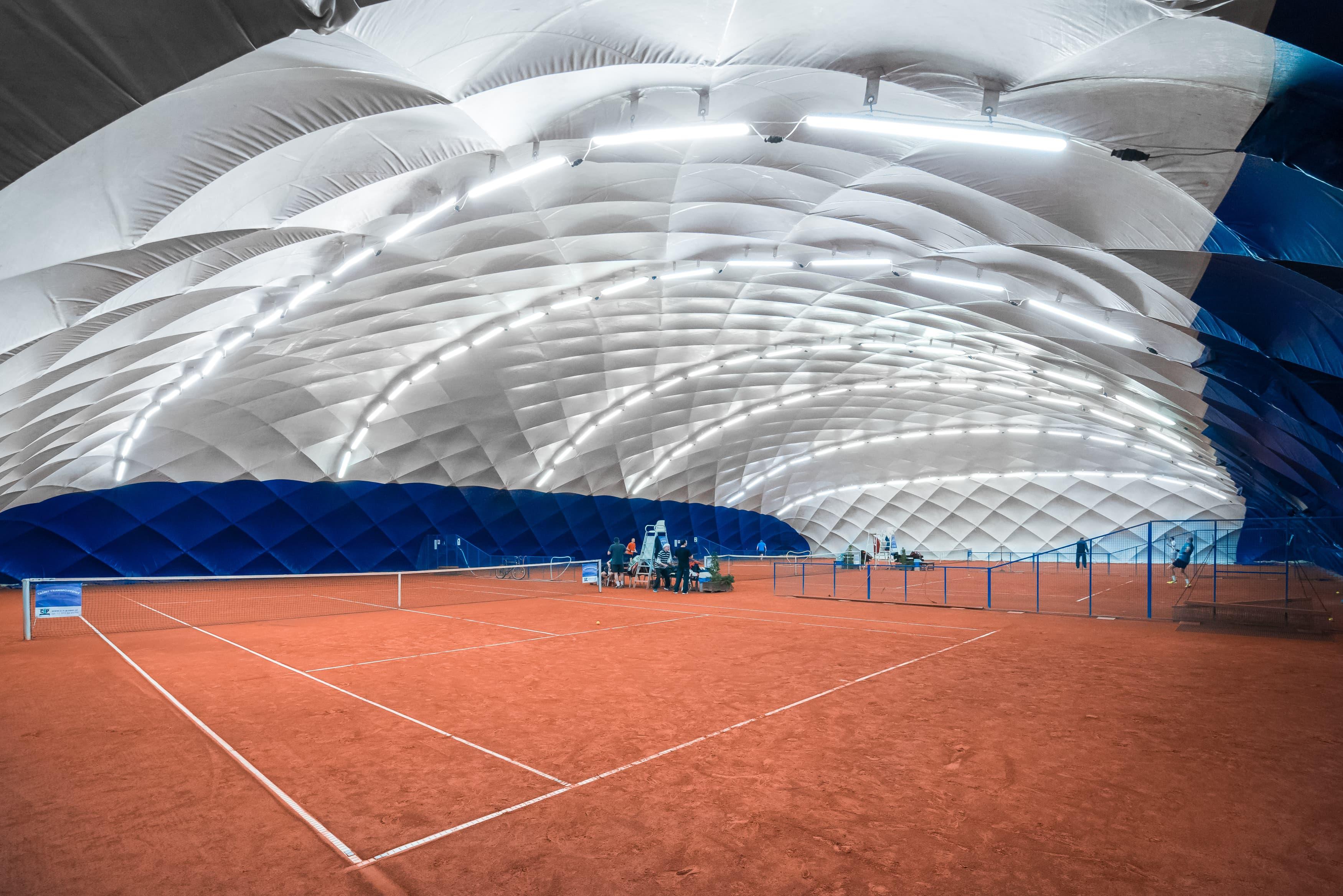 Oświetlenie kortu tenisowego REDECO - Luxon LED