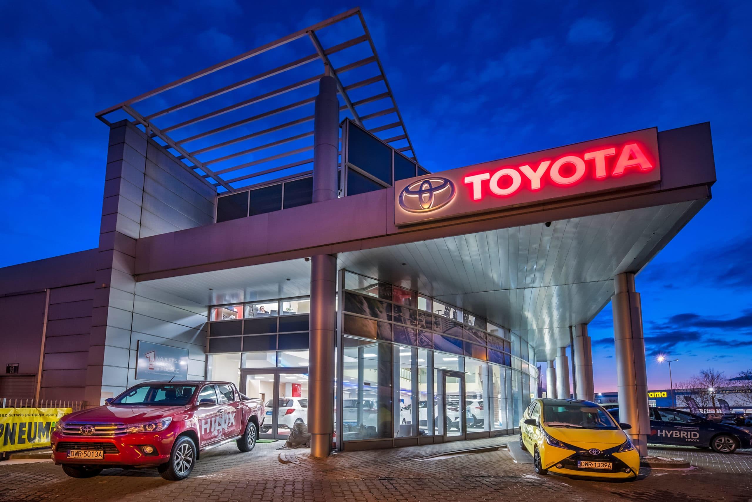 Modernizacja oświetlenia salonu samochodowego