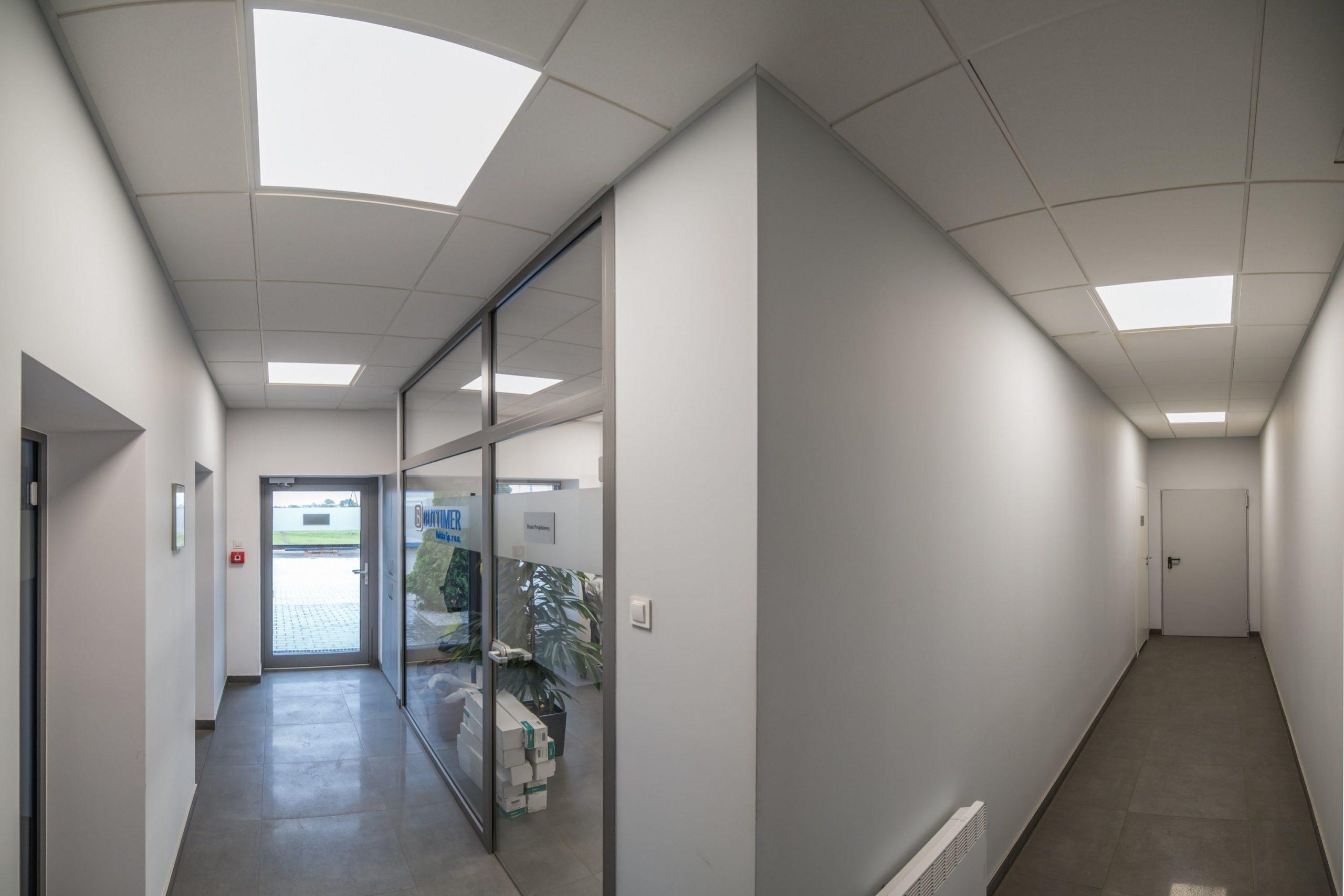 Oprawy Edge w budynku firmy Buttimer - Luxon LED